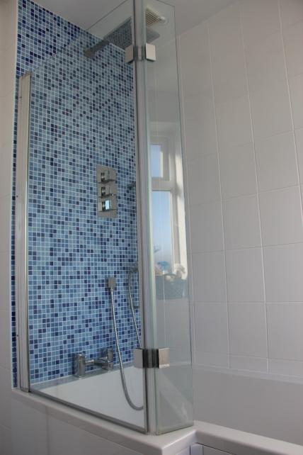 Abingdon bathroom tiling